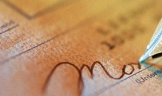 Rituel de nouvelle lune : le chèque de l'abondance