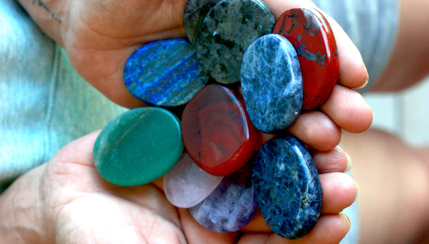 Quelles pierres peuvent m'aider ? Faites le test !